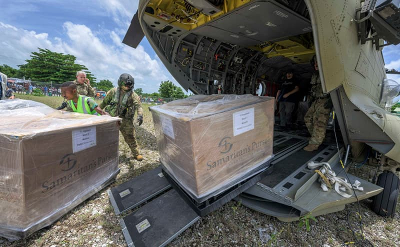 Our Emergency Field Hospital was delivered by military helicopter from Port-au-Prince to Les Cayes.
